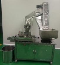 Автомат для укладки вкладыша в крышку (скоростной)