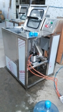 полуавтомат удаления пробки и мойки 19 литровой бутыли